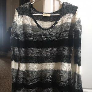 💛Bobbie Brooks-Sweater
